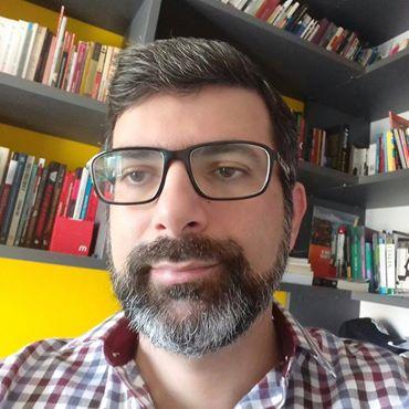 Doutorando em Direito, Estado e Constituição pela Universidade de Brasília. Analista Técnico de Políticas Sociais